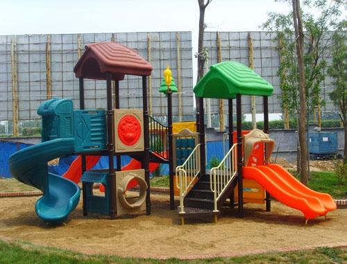 户外儿童乐园设施
