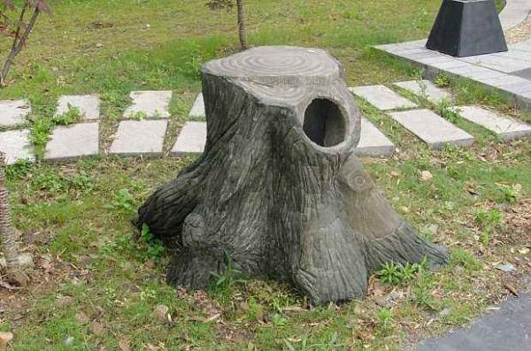 水泥仿木垃圾桶