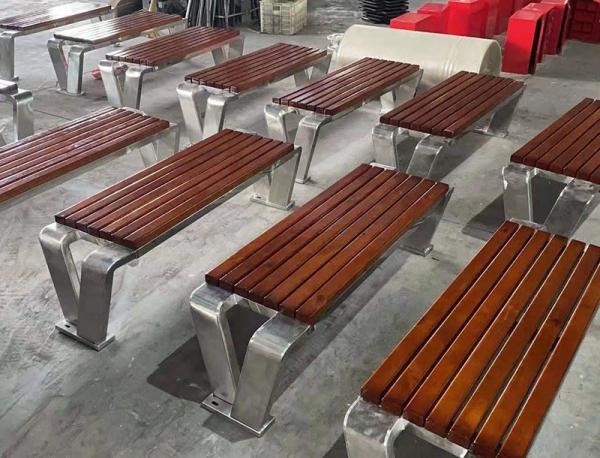 东港誉澜道休闲座椅